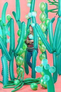 Love this as a photo backdrop! Cactus Balloons!