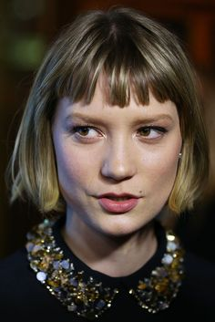 Mia Wasikowska at the 'Stoker' Premiere in Sydney Blunt Bob With Bangs, Short Bangs, 90s Grunge Hair, Mia Wasikowska, Love Hair, Messy Hairstyles, Hair Dos, New Hair, Hair Inspiration