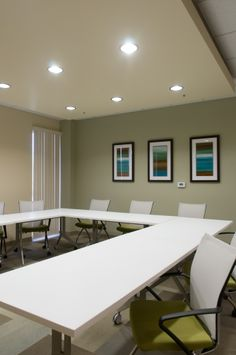 Basic structure of meeting room layout cha cha 39 s for Training room design ideas
