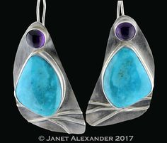 Jewelry Designer Janet Alexander, Saul Bell Jewelry Design Finalist, offers jewelry classes and sells her jewelry.