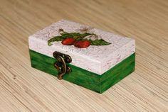 Mała szkatułka- Wisienki