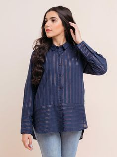 Stylish Dresses For Girls, Stylish Dress Designs, Designs For Dresses, Simple Dresses, Girls Dresses, Pakistani Casual Wear, Pakistani Dress Design, Girls Fashion Clothes, Fashion Outfits
