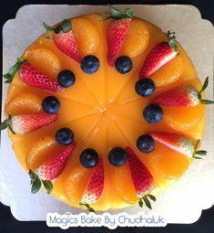 orange cake Cupcake Cakes, Cupcakes, Milk Cake, Mini Desserts, Fruit Salad, Panna Cotta, Cake Decorating, Muffins, Bakery