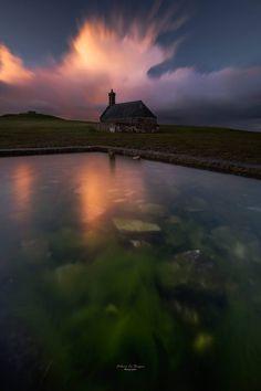 La chapelle du mont Saint Michel de Braspart par Fabrice Le Borgne Photographies.