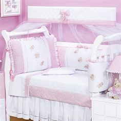 Kit Berço Puro Carinho Bed Sets, Baby Kit, Bedding Sets, Toddler Bed, Armchair, Shabby Chic, Quilts, Furniture, Alice
