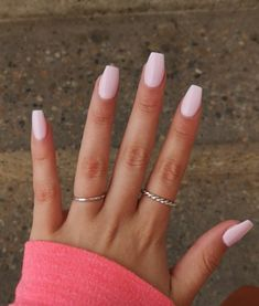 Hellrosa Gelnägel Pink Things pink color uses Light Pink Acrylic Nails, Pink Gel Nails, Acrylic Nails Coffin Short, Simple Acrylic Nails, Best Acrylic Nails, My Nails, Light Nails, Nails Rose, Light Colored Nails