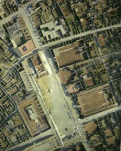 Aerial view of Pompeii in Italy Ancient Pompeii, Pompeii And Herculaneum, Ancient Ruins, Ancient History, Pompeii Italy, Rome Antique, Art Through The Ages, Empire Romain, Roman City