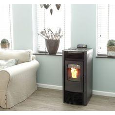 De K-Stove 8009 #pelletkachel is geschikt voor de middelgrote woning tot ruim 90m², heeft een nominaal vermogen van 4.2-9kW en een autonomie van 16 tot 30 uur! Naast dat de K-Stove 8009 wordt geleverd in zwart, is het ook mogelijk om deze in beige en rood te verkrijgen. #Fireplace #Fireplaces