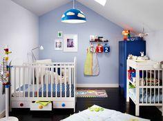 Superbe Chambre De Bébé Vive Et Dynamique Lit Tiroir, Bébé Bleu, Bleu Clair,  Décoration