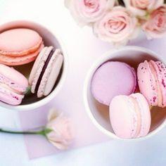 .@miraykryln | maccarons & pink roses | Webstagram
