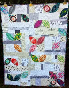 Scatter: A Finished Orange Peel Quilt like the scattered approach