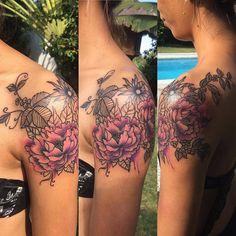 Flowers #tattoo #tattoos #watercolour #ink #inked #colortattoo #tattooartist #aigullion
