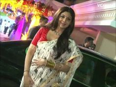 Shilpa Shetty looking gorgeous at Sanjay Dutt's Mata Ki Chowki.
