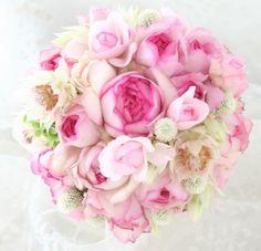 ブーケ ラウンド 明治記念館様へ 1年越しのお礼 : 一会 ウエディングの花