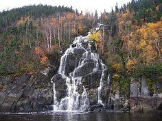 Cascades sur la Rivière Saguenay, Fjord-du-Saguenay QC from Jean Vincent on Flikr