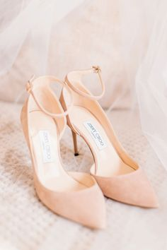 Images by Jessica Reeve Photography jimmychoos pinkshoes pinksuedeshoes weddingshoes weddingheels bridalaccessories weddingaccessories 296745062947193143 Fashion Heels, Look Fashion, Fashion Clothes, Charlie Brear, Pink Suede Shoes, Jimmy Choo Shoes, Luxury Shoes, Womens Shoes Wedges, Bridal Shoes
