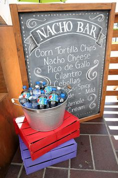 Pepsi Limon Launch: Casual snacks accompanied the free-flowing Pepsi. At a nacho bar, guests could top corn tortilla chips with pico de gallo and cilantro. Fiesta Cake, Fiesta Party, Nachos, Cilantro, Grad Parties, Parties Food, Food Stations, Mexican Party, Patriotic Crafts