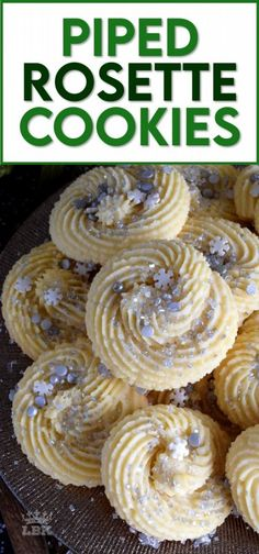 Easy Cookie Recipes, Cookie Desserts, Baking Recipes, Dessert Recipes, Cajun Recipes, Bar Recipes, Family Recipes, Rosettes Cookie Recipe, Rosette Cookies