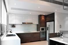modern kitchen by S.I.D.Ltd.
