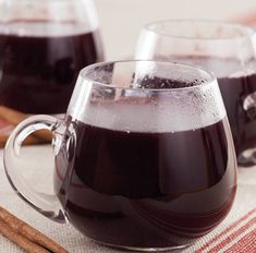 6 Mulled Wine Slow Cooker faves from @Dara Grumdahl