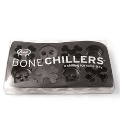 Does the idea of a warm drink chill you to your bones? Have no fear! Toss in some skulls and crossbones and drink up. The ice tray makes 8 ice pieces. Perfect for a pirate birthday party or Halloween entertaining.