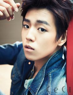 Lee Hyun woo looks like baek hyun here Lee Hyun Woo, Lee Jong Suk, Kim Woo Bin, Korean Star, Korean Men, Korean Wave, Asian Actors, Korean Actors, Hyun Seo