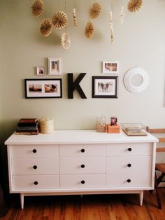 Craft room space: color on the walls.