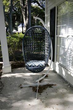 Wicker Egg Swing Spr