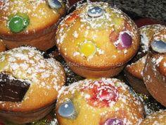 """Zdenčiny mufínky"" | JITULČINY RECEPTY Doughnut, Muffins, Treats, Breakfast, Sweet, Food, Sweet Like Candy, Morning Coffee, Candy"