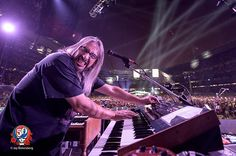 """Longtime Grateful Dead photographer Jay Blakesberg talks to Billboard about his favorite photos from the """"Fare Thee Well"""" anniversary shows. Grateful Dead Shows, Trey Anastasio, Mickey Hart, Expressions Of Sympathy, Bob Weir, Dead And Company, Chicago Shows, Soldier Field, Famous Photographers"""
