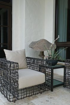 I love this comfy patio chair.  Living With Kids: Karin Katherine