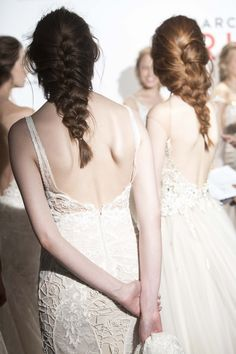 peinados de boda Lace Wedding, Wedding Dresses, Bridal, Hair Styles, Fashion, Wedding Dress Lace, Photos, Bride Dresses, Hair Plait Styles