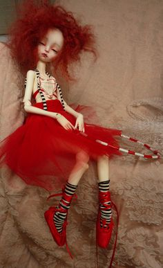 My hybrid Imda Modigli on a Doll Chateau MSD body! :D She is a beautiful full set by Yves Manning, I am so in love with her! Tiny Dolls, Ooak Dolls, Cute Dolls, Marionette, Gothic Dolls, Clay Baby, Little Doll, Hello Dolly, Moda Fashion