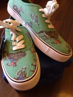O ur shoe hero for today is both stylish and fun rolled into one kick design. Kicks, Pairs, Mens Fashion, Stylish, Sneakers, Green, Blog, Accessories, Shoes