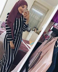 Modern Hijab Fashion, Muslim Women Fashion, Islamic Fashion, Fashion Wear, Fashion Outfits, Hijab Wear, Casual Hijab Outfit, Hijab Chic, Modele Hijab