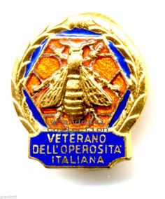 APE D ORO VETERANO DELL OPEROSITÁ ITALIANA VECCHIO DISTINTIVO JOHNSON