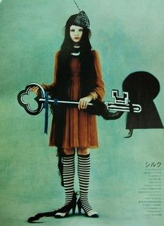 https://flic.kr/p/4GeXH2 | WELCOME TO WONDERLAND | from SO-EN 裝苑 fashion magazine  October / 2007  photographs / Masashi Ikuta model  / Amanda