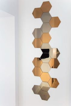 1000 ideas about honeycomb tile on pinterest marble tiles tiling and wall tiles. Black Bedroom Furniture Sets. Home Design Ideas