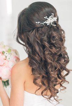 14 beautiful wedding hairstyles for 2019 frisuren haare hair hair long hair short Quince Hairstyles, Wedding Hairstyles For Long Hair, Wedding Hair And Makeup, Bride Hairstyles, Hair Makeup, Hairstyles 2018, Brunette Hairstyles, Funky Hairstyles, Hair Wedding