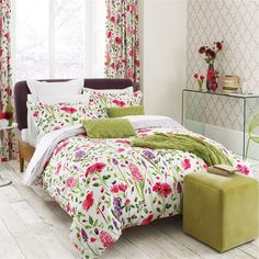 Spring Flowers Green Knitted Throw - Sanderson Bedding - A pretty knitted lace effect bright green rectangular throw which co-ordinates and enhances the Spring flower bedding collection. Knitted cushion also available. Shown across bed. Home, Blue Bedding, Bed, Flower Bedding, Mattress Furniture, King Size Duvet, Linen Bedding, Blue Duvet Cover, Flower Duvet