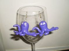 Disney Toy Story Stretch dangle earrings van simplyproducts op Etsy, $10.00