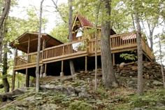 Eco-Friendly Cabin with Private River Access near Shenandoah National Forest, Virginia