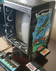 Amazing one by sirjips #vectrex #microhobbit (o) http://ift.tt/1VhACon to Midwest Gaming Classic with @japmericube and got exactly what I was looking for a Vectrex!  #midwestgamingclassic #retrocollective #collection #retrocollectiveus #gaming #retro #gaming