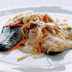 Trout in Riesling - Steam all fillets at once an a bed of vegetables ...