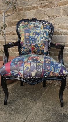 Discontinued No Longer Sold Comic Retro Dining Chair - Black french style, hardwood mango frame. Prefect comic backdrop in any home. See our comic cushions here Retro Armchair, Retro Sofa, Vintage Bar Stools, Vintage Sofa, Decoupage Furniture, Furniture Care, Batman Chair, Retro Dining Chairs, Dining Room