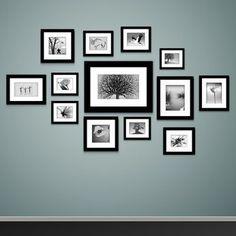 Anhand von vertikalen oder horizontalen Linien lassen sich Bilder am besten an der Wand arrangieren
