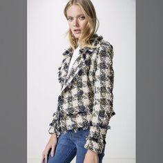 Uau!! esse look é de arrasar!!   casaco tweed de 71900 por... <3 GANHE MAIS DESCONTO ? CLIQUE AQUI!  http://imaginariodamulher.com.br/look/?go=2rCgvoN  #achadinhos #modafeminina#modafashion  #tendencia #modaonline #moda #instamoda #lookfashion #blogdemoda #imaginariodamulher