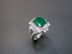 3.30ct Natural Emerald Diamond Ring In 18K White Gold