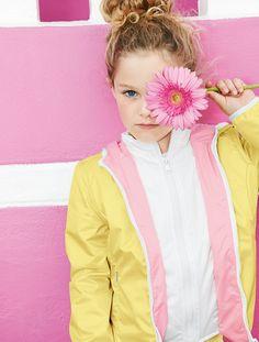 photoshoot Kid's Wear - Fay Junior SS 2015 Mellow Yellow, Pink Yellow, Pink Color, Pink And Green, Pink White, Preteen Girls Fashion, Kids Fashion, Pink Love, Pretty In Pink