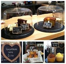 Coffee shop design ideas coffee shop decoration terrific coffee shop decor of antique on cloud interior . Small Coffee Shop, Coffee Shop Design, Healthy Filling Snacks, Yummy Snacks, Meals For Two, Kids Meals, Vintage Coffee Shops, Gingerbread Latte, Cafe Interior Design